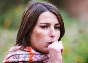 Чим лікувати трахеїт у дорослого: інгаляції, препарати, компреси
