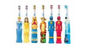 Електричні дитячі зубні щітки від 3 років: види і огляд моделей