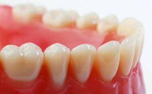 Як звикнути до зубних знімних протезів?
