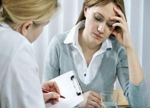 Як прибрати шум у вухах: лікування в домашніх умовах таблетками або народними засобами