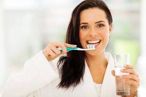 Особливості видалення зубного каменю в домашніх умовах