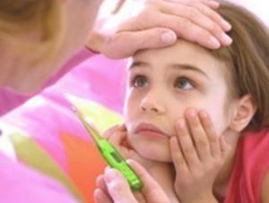 Збільшена щитовидка: ознаки виникнення проблем зі здоров`ям у жінок